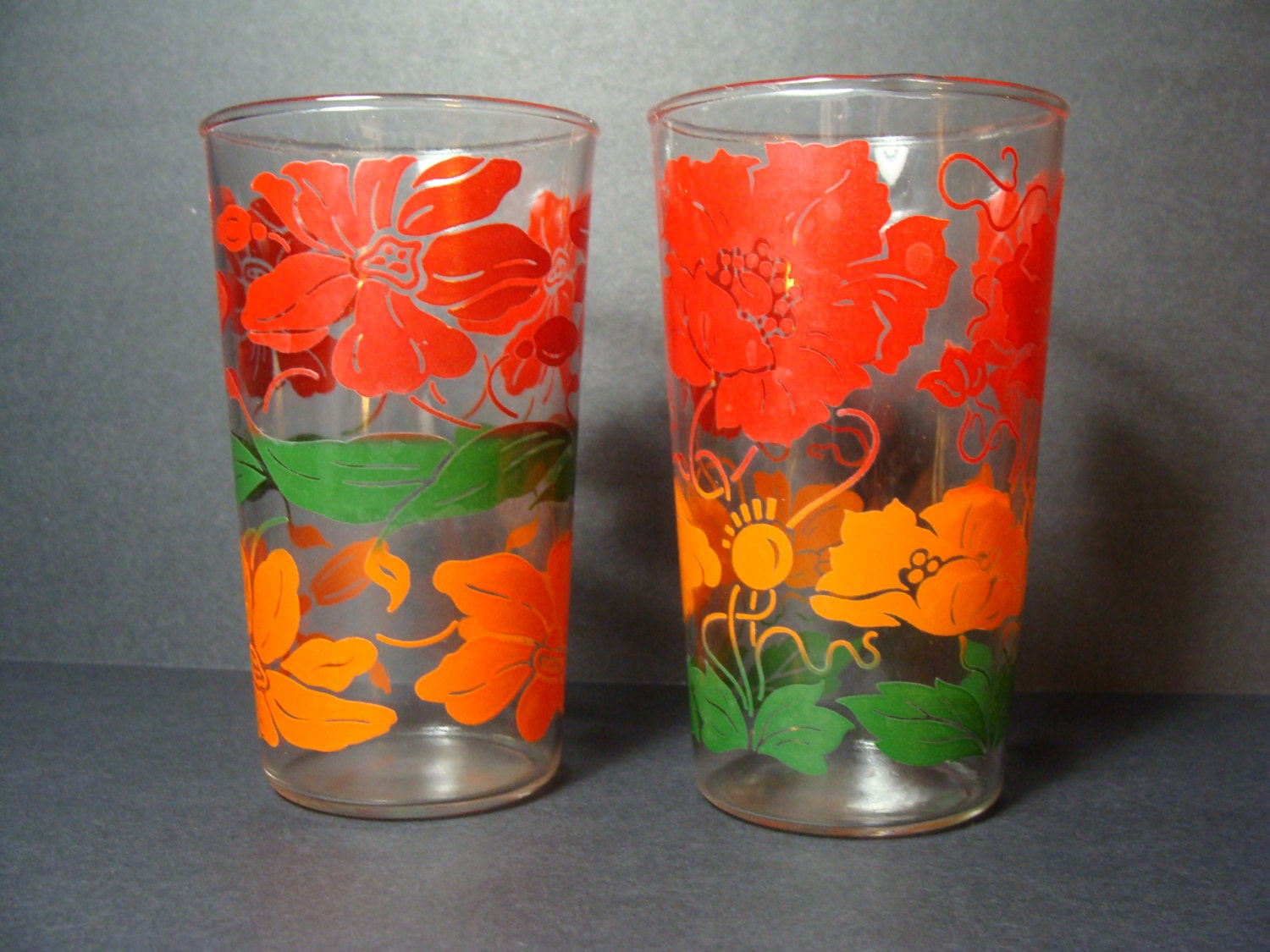 Retro Art Glass Art Deco Drinking Glasses
