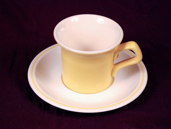 Cool Little Yellow And White Coffee Tea Cups With Saucers