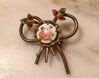 Vintage guilloche ribbon brooch with rhinestones