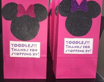 Party Favor Bags- Minnie Mouse Favor Bags (10 or 12)- Minnie's Bowtique