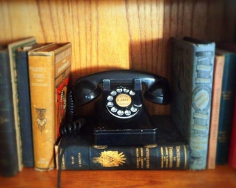 1940's Antique Bell Systems Black Rotary Phone