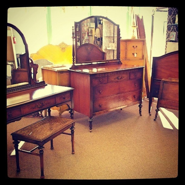 antique bedroom set by sligh furniture co by affairtorememberlv