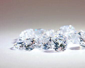 10pcs 4mm 5A Round Cubic Zirconia Loose Stones, Diamond Clear, Diamond Brilliant Cut, small lot size available.Ideal for DIY.