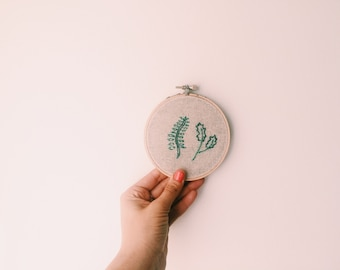 """Two Leaves 4"""" Embroidery Hoop"""