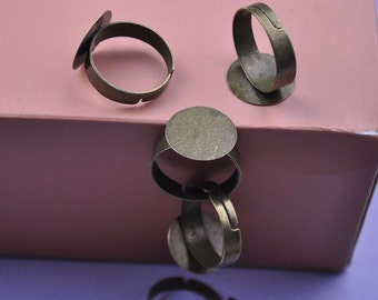 30 Antique Bronze Ring Base with 15mm Glue Pad for attaching Cabochons