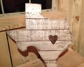 State wooden sign with heart/star