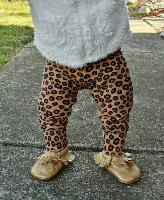 Discover Leopard Print leggings at Zazzle! Use your own images and text or choose from thousands of patterns and designs. Start your search today! Search for products. T-Shirts Leggings Baby Clothing.