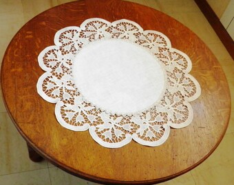 Aved doily lace directed machine