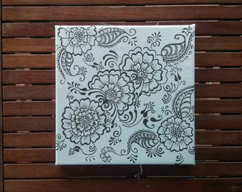Henna design painting wall decor
