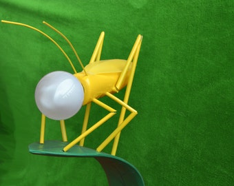 "Lamp "" Grasshopper on Leaf "" . 100% Ecological  and   Made in Italy"