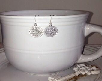 Oval flower earrings