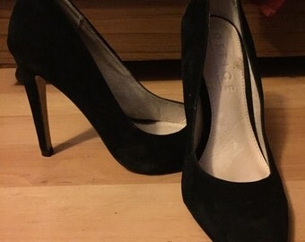 OFFICE black heeled pumps