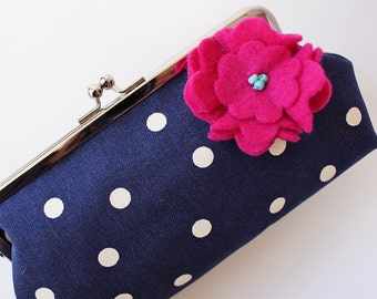Navy polka dot clutch purse with magenta flower pin kiss lock purse frame purse metal clasp purse midnight blue white dots flower brooch