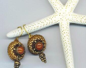 Beadwoven Carnelian Earrings . Beaded Pierced Earrings . Carnelian Cabochon& Grapes . Golden Seed beads - Classy by enchantedbeads on Etsy