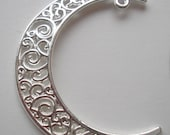 Metal Alloy Filigree Crescent Moon Pendant with Loop for Dangle - Shiny Silver