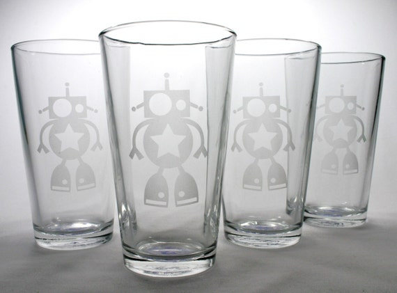 4 Robot Pint Glasses - Etched Glass