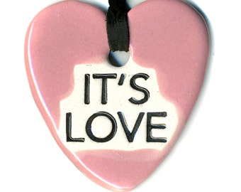 It's Love Ceramic Necklace in Pink