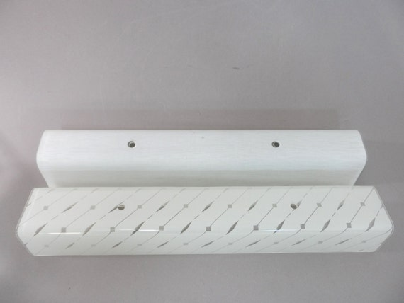 Mid century vanity light fixture four bulb with by auctionannie for Mid century bathroom lighting