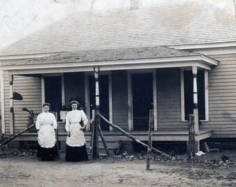 Vintage photo Underwood Farmington West Virginia RPPC Women by House Wear Aprons