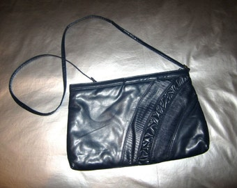 Vintage 1980's Clutch - Navy Blue Faux Leather Handbag Purse - Optional Shoulder Strap