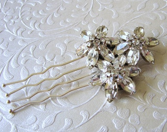 Rhinestone Wedding Hair Comb Jeweled Flower Bouquet Bridal Headpiece Elegant Bride Vintage Jewelry Accessory Ballroom Pageant Formal Prom