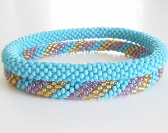 Turquoise roll on bracelet,stackable crochet bracelet set,bracelet set,crocheted roll on bracelet,handmade bracelet set,