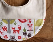 SALE, save 25% Organic Bib in WONDERLAND PINK (Last One)