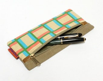 Pencil Pouch - Hanmade with love from vintage fabric