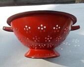 vintage 60s Red Enamel Colander  PErk up your Kitchen sz LArge