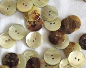 Natural Shell buttons, 18mm x 3