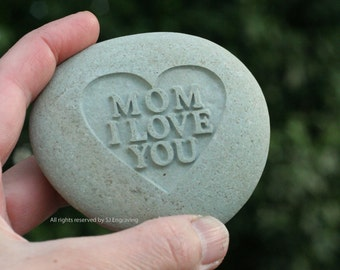 Mom I love you - engraved gift for mother