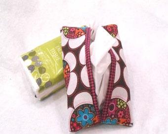 pocket tissue holder, Kleenex holder, tissue holder, travel tissue cozy - Multi Color Flower