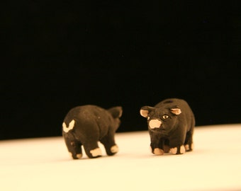 Ceramic Black Pig Bead