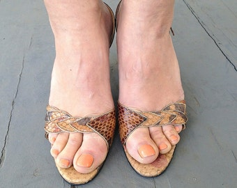 size 8.5, Vintage 70s Snakeskin Sandals - Multi-colored Shades of Brown - Open Toed High Heels