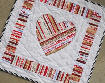 YOU'RE MINE! Selvage Heart Applique Quilt from Quilts by Elena