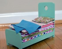 Dollhouse Furniture - Wood Bed with 7 Mattresses, Pillow and Blanket Patterns