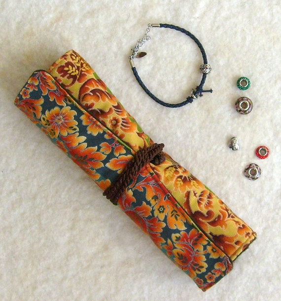 Anti Tarnish Jewelry Roll In Colorful Damask: Designed For