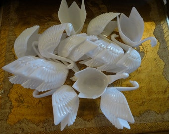 Vintage White Swan Candy Cups Set