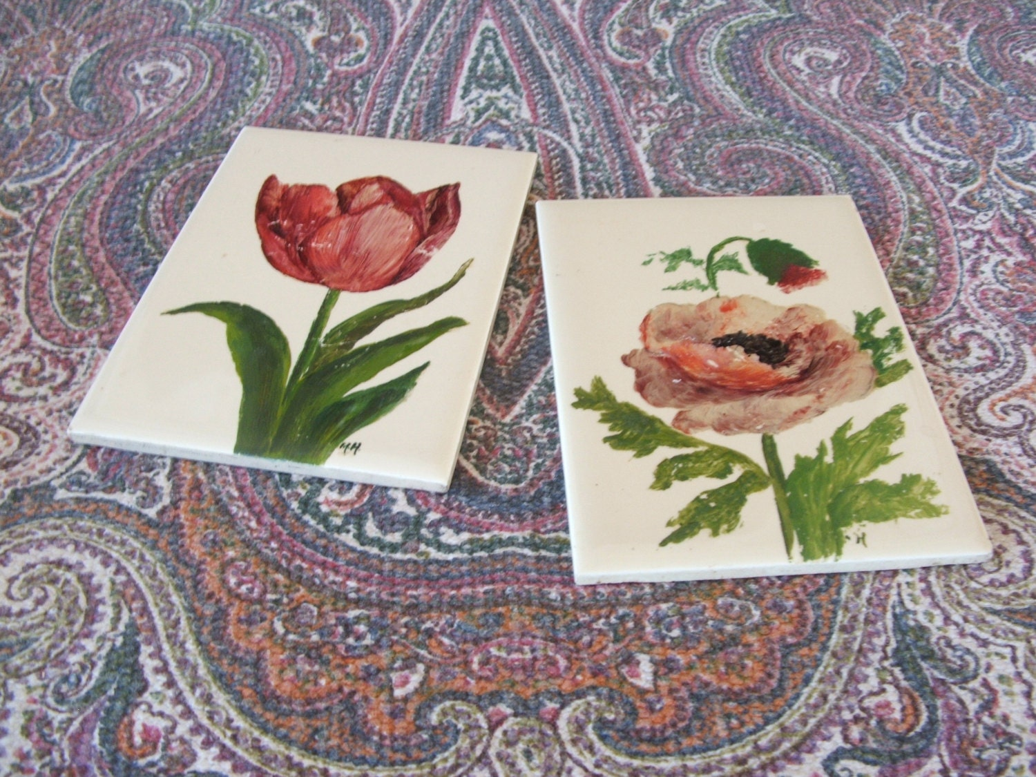 2 vintage hand painted ceramic tiles tulip by - Hand painted ceramic tile ...