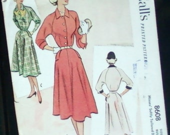 1951 VINTAGE SEWING  PATTERN, McCalls tailored dress, size 16, bust 34