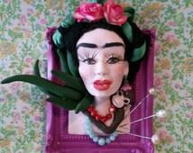 Frida Khalo Miniature picture frame bust