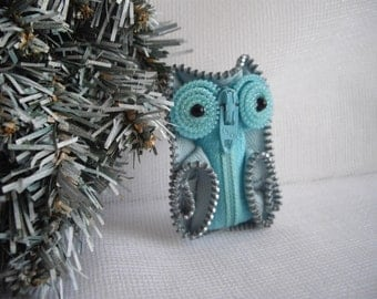 Blue and Grey Zipper Owl Brooch Collectible One Of A Kind Zipper Art Handmade by handcraftusa