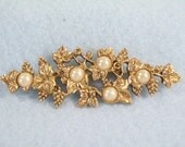 Grape Vine Iridescent Pearls Brooch Gold Plated Pin