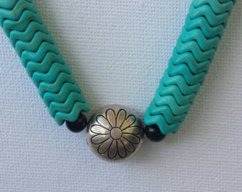Turquoise cheveron daisy necklace