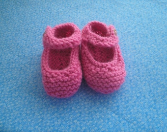 Baby Booties Knit Mary Janes Size 6-9 Months