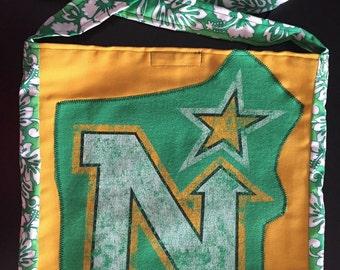 Northstars tshirt shoulder bag