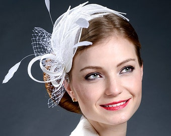 White elegant fascinator for your special occasions.