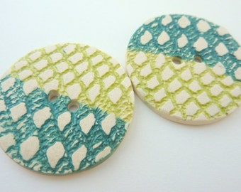 2 x Large Ceramic Buttons With Green Grid Pattern