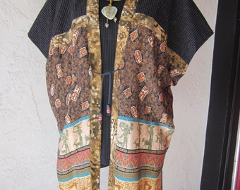 Full Figure Vest with Egyptian Print