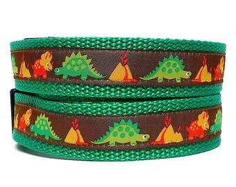 Dinosaurs dog collar, tag collar, buckle collar, DINOSAURS collar, adjustable collar, green collar, dog tag collar, dinosaur tag collar